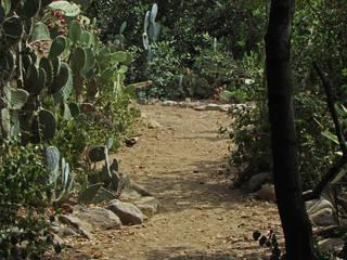 Tucker Wildlife Sanctuary © dottieg2007